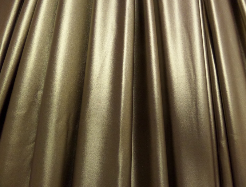 1.GOLD METALLIC MATTE LAME
