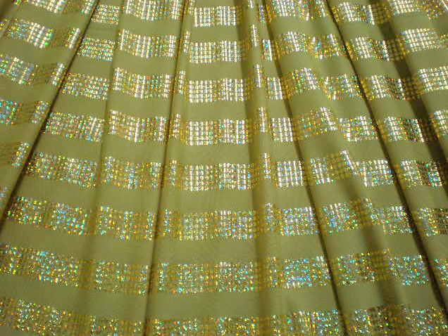 1.Golg-Gold Hologram Stripes