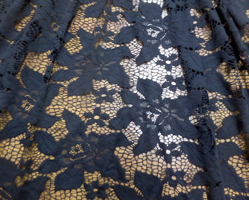 2.Black  Hana Lace
