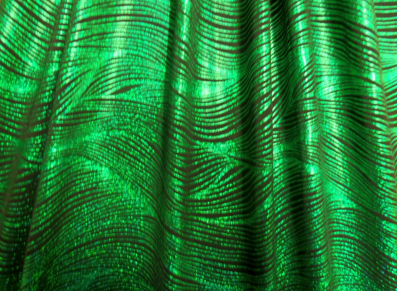 4.Black-Green Crazy Wave Hologram