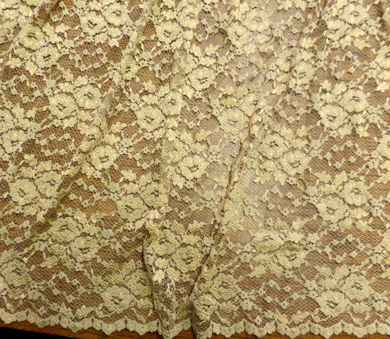 4.Nude Royal Lace
