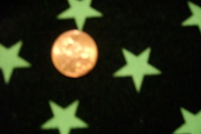 4.Black-Lime Shiny Star