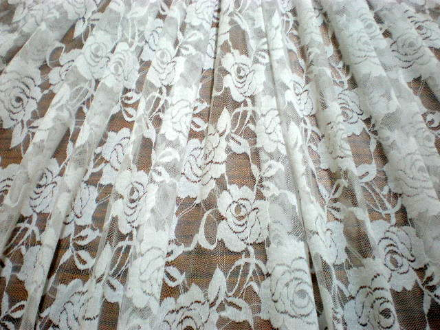 8.White Putul Flower Lace