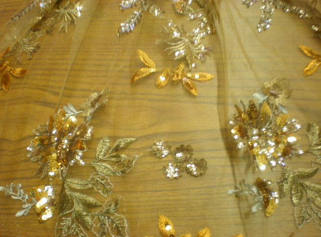 4.Gold Flower sequins #1